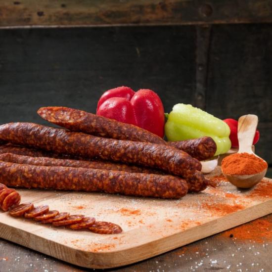 Cârnaţi Ardeleneşti cu Boia, din carne adevărată, cu condimente naturale 250g